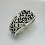 Celtic Dara Knot with 4 Interlocking Triangles-Pierced
