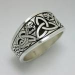 Celtic Triangle Knot with Dragon Style 1